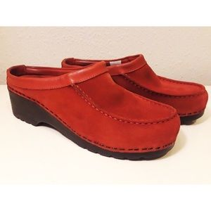 L.L. Bean Red Suede Comfort Slip On Mules 8.5